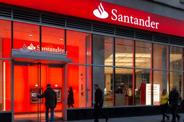 Euromoney distingue a Santander Chile como Mejor Banco del país